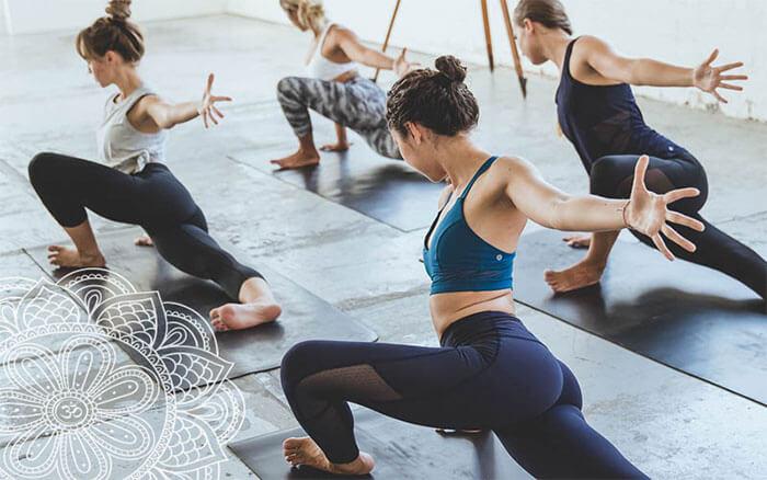 Các động tác yoga giảm mỡ bụng