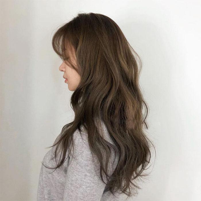 Kiểu tóc xoăn đẹp đi làm, đi chơi